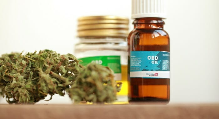 There are several CBD products, and choosing the right one is very important. Learn to distinguish full-spectrum from broad-spectrum and isolate.